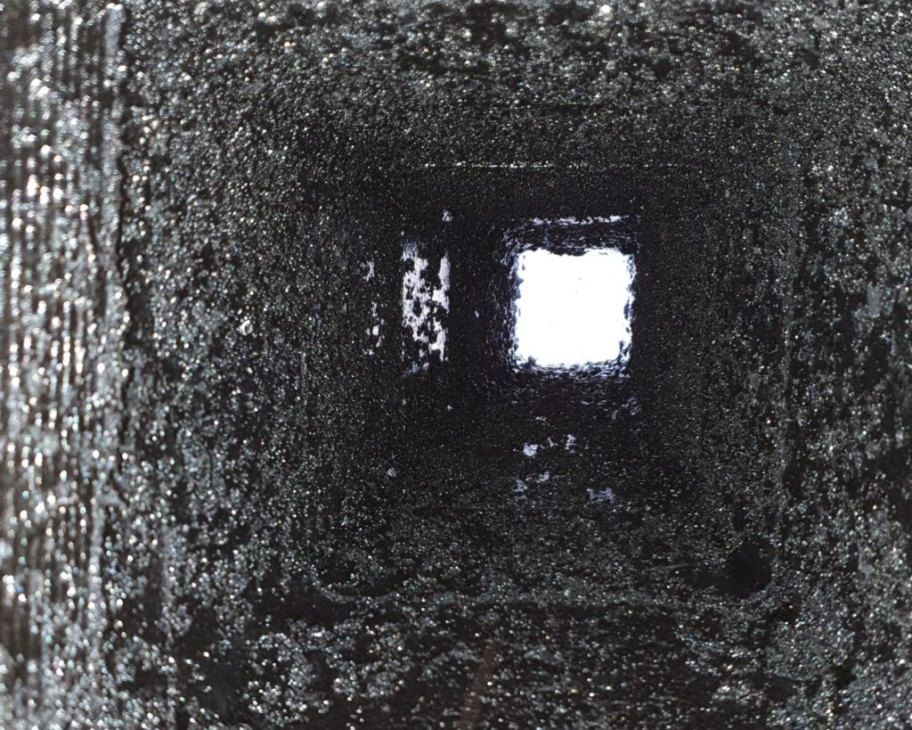 cheminée Bistre